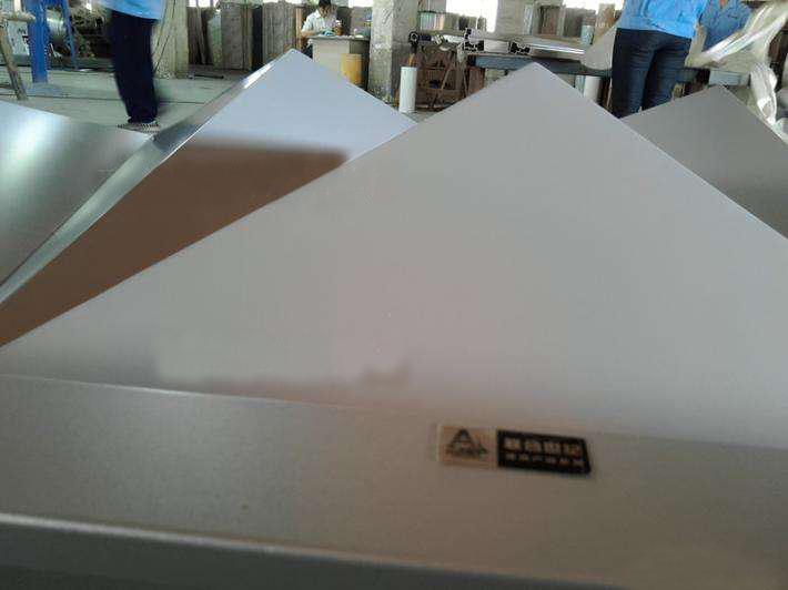铝塑板的厂家