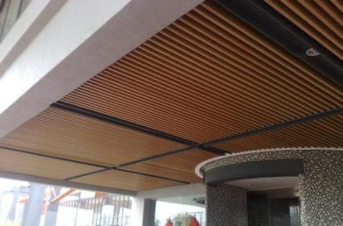惠州木纹铝方通天花
